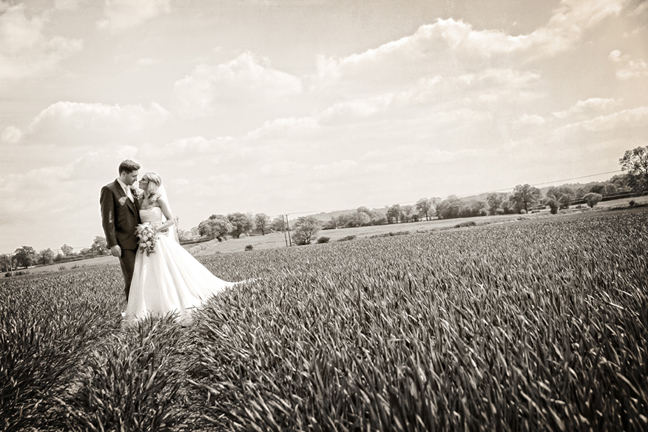 Real Life Weddings: Country Wedding