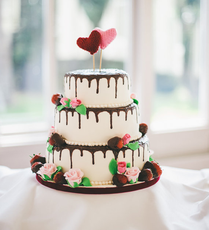 Knitting Cake Toppers : Our favourite wedding cake toppersivy ellen