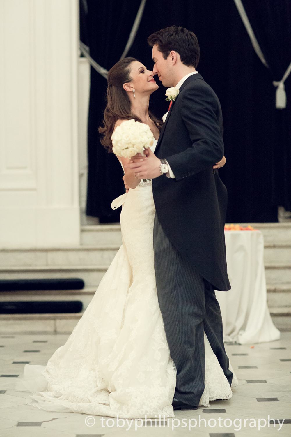 Our top 10 picks for your first dance songsivy ellen for Best last song for wedding