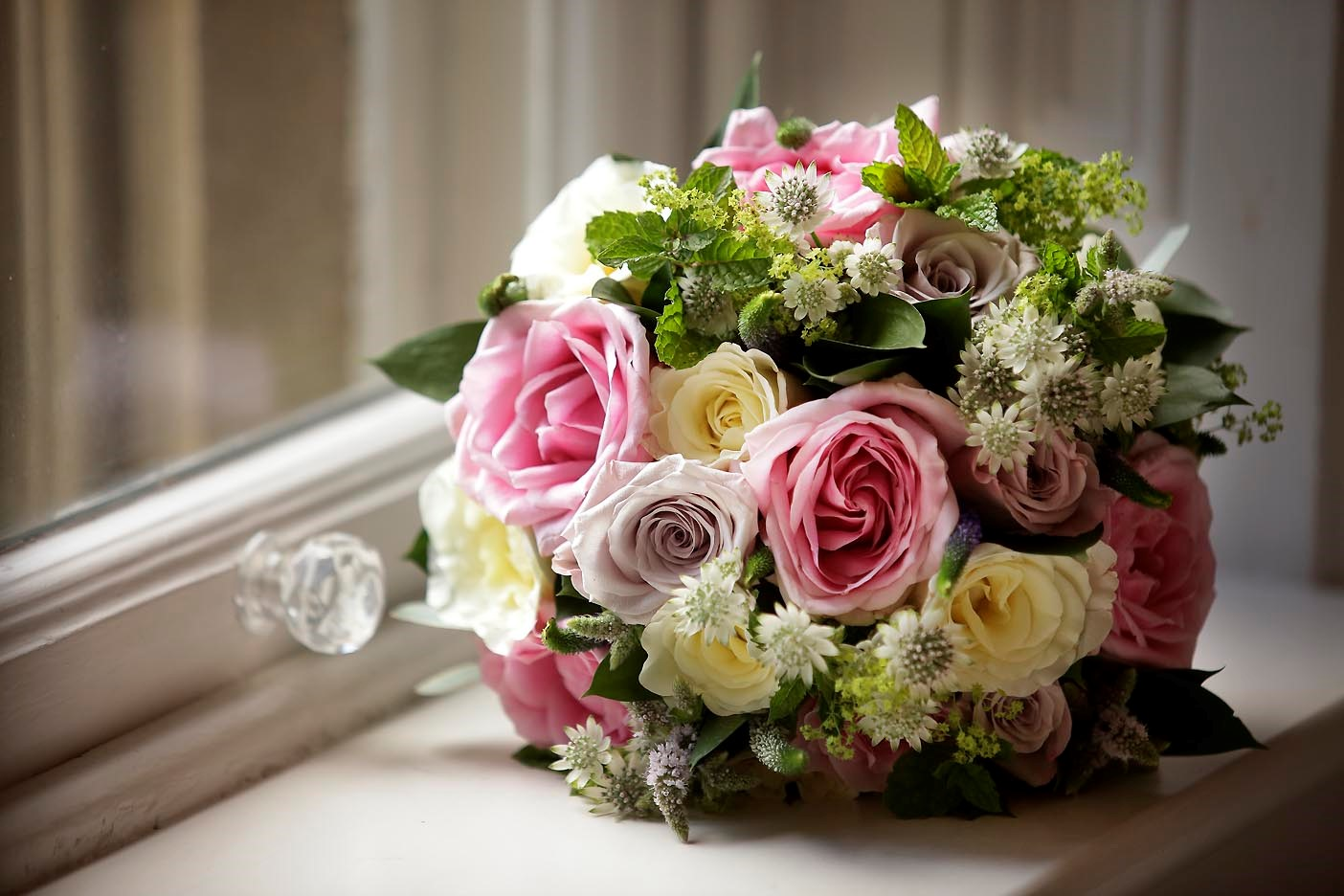 Wedding Flowers In Cheltenham : Wendy and andrew s gloucestershire weddingivy ellen